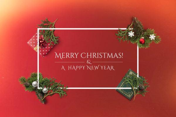 Mensajes de Navidad 2020 2021 para mandar merry christmas fondo rojo