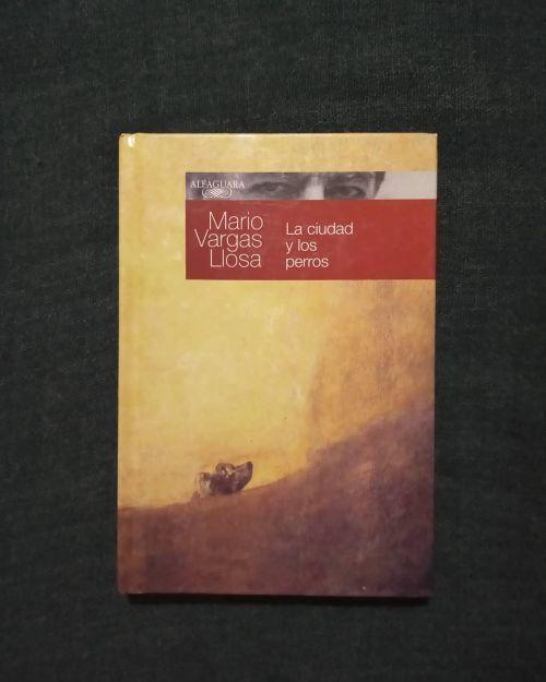 Libro la ciudad y los perros de Vargas Llosa