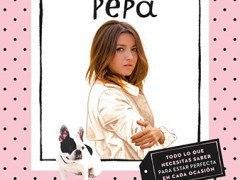 Alexandra Pereira | Una guía de estilo en un libro de papel