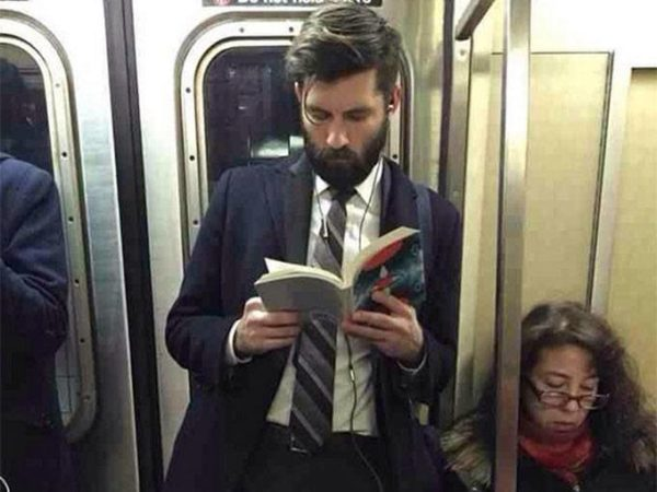 leer_libro_sexy